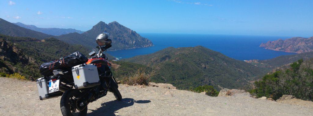 Korsische Klippenfahrt: Atemlos von Calvi nach Porto
