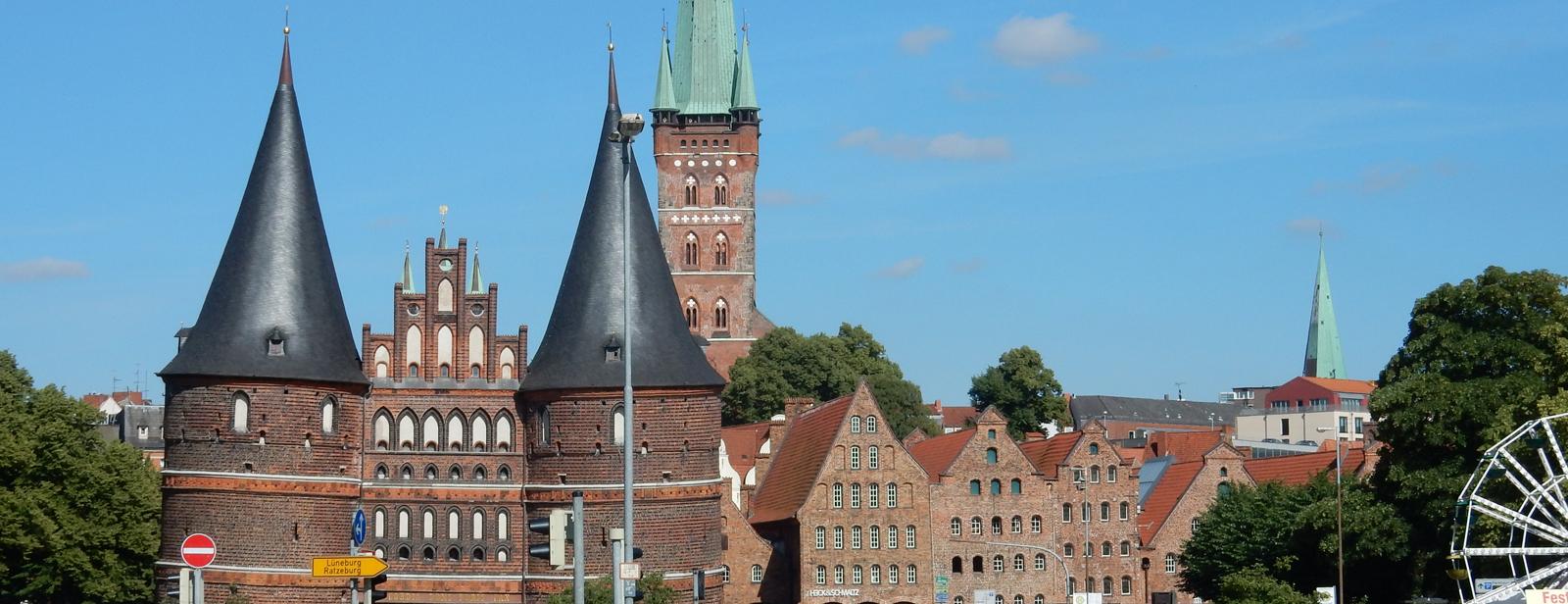 Lübeck - Durch's Holstentor zum Marzipan